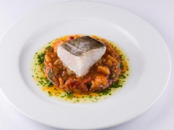 Cod fillet with spanish sauce