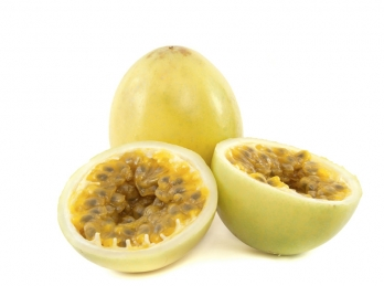 Passion fruit pulp